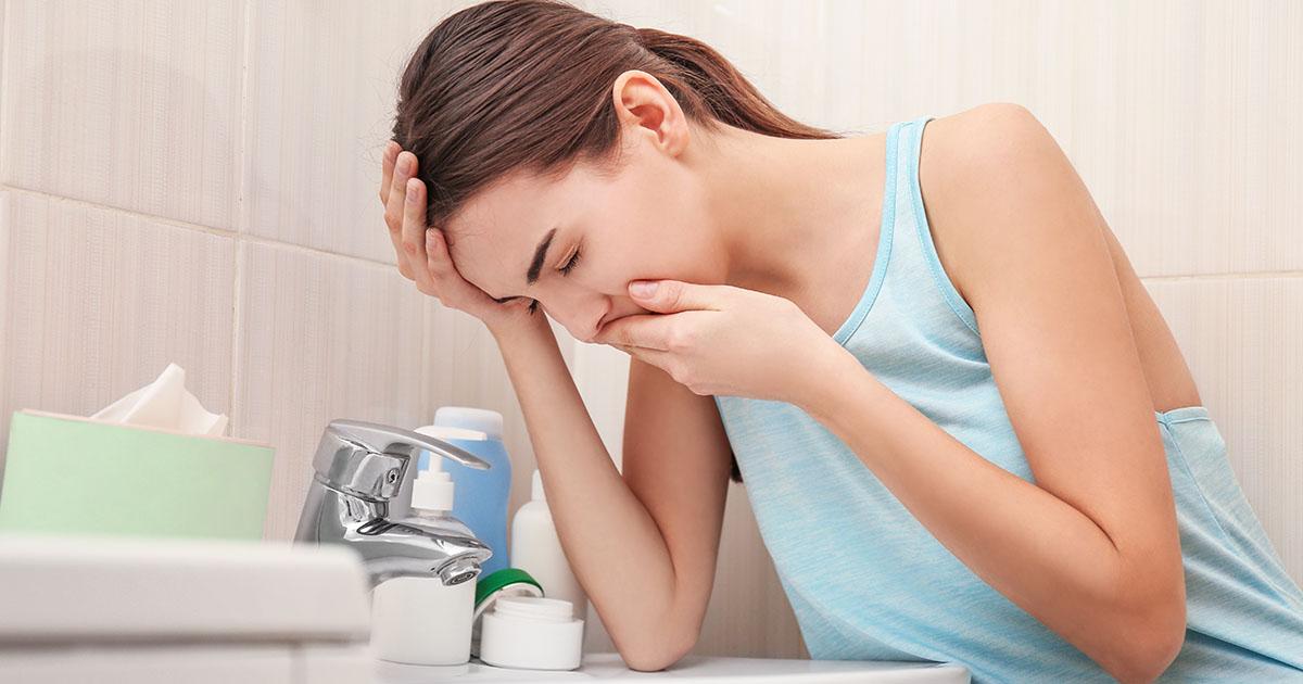 Ételfertőzés, ételmérgezés tünetei és kezelése