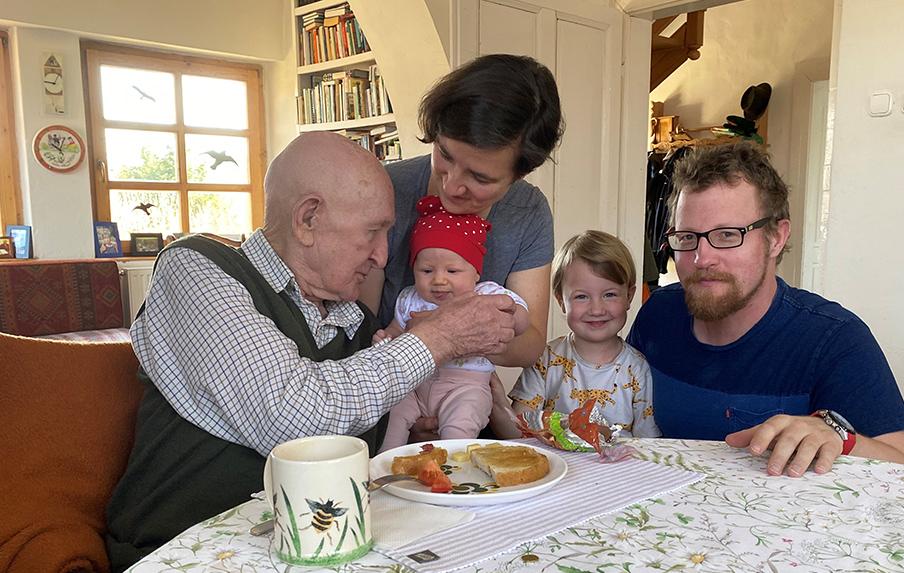 Gyuri bácsi 93 éves